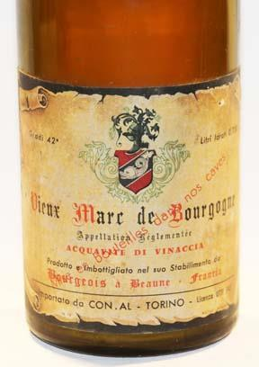 Bourgeois à Beaune  Marc de Bourgogne 2-Star